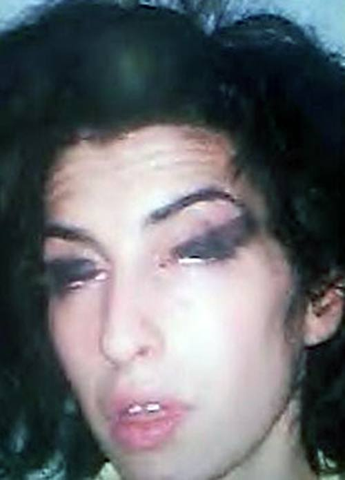 amy-winehouse-preso-rock-na-veia