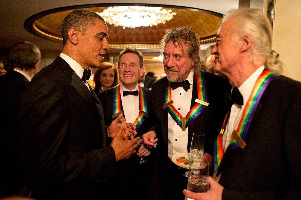 Led Zeppelin recebendo homenagem de Barack Obama