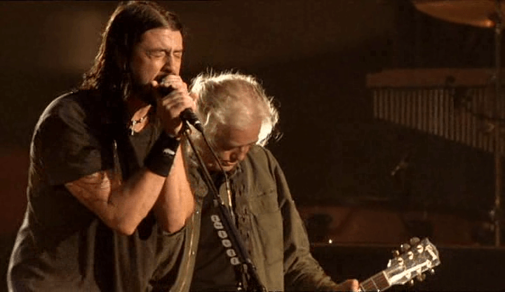 Dave Grohl e Jimmy Page no wembley stadium em 2007