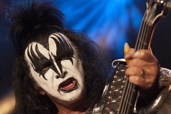 nome-verdadeiro-gene-simmons-rock-na-veia