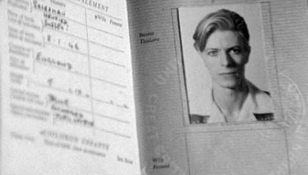 passaporte de famosos david bowie rock na veia