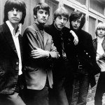 "ENGLAND - CIRCA 1965: Rock Group ""The Yardbirds"" pose for a promotional photo in England circa 1965. Left to right: Jeff Beck, Chris Dreja, Jim McCarty, Jimmy Page and Keith Relf. (Photo by Michael Ochs Archives/Getty Images)"